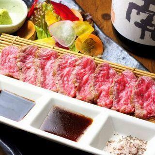 うま味たっぷり贅沢肉!希少なA5葉山和牛がリーズナブル!