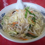 萬里 - たん麺 800円 野菜たっぷりシャキシャキしていて味付けも抜群! おすすめ!