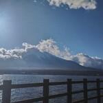 121091295 - 山中湖と富士山