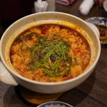 炭火焼肉 久 - ホルモン鍋