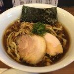 自家製手もみ麺 鈴ノ木 - 料理写真:醤油ラーメン ¥800-