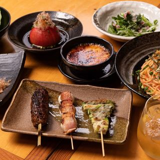 串焼きや一品料理もバリエーション豊富!