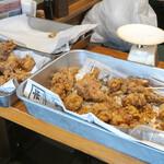 鳥鍈 - 料理写真:持ち帰り専用唐揚げも準備中。