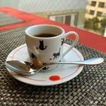 ル ポトローズ - カフェ、猫がかわいい
