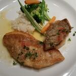 プチ ヴェルドー - ランチ 鮮魚のポワレ
