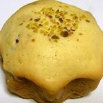 ベーカーズファーム - チーズクリームパン 250円