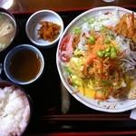ママン - ミックスフライ定食