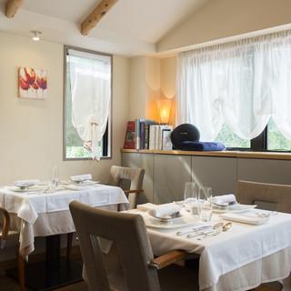 優しい温もりに満ちた、ほっと寛げる一軒家レストラン