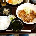 もち工房 黄金もち - 豚の生姜焼き 仙台味噌風味定食 ¥750