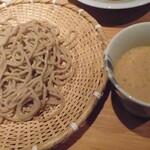 蕎麦・酒・小料理 壱 - ナッツたれ蕎麦1/2