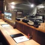 蕎麦・酒・小料理 壱 - 内観写真:カウンター席