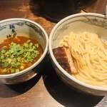 麺屋武蔵 神山 - 辛つけ麺 950円