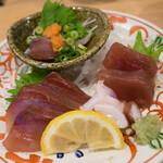 魚屋スタンドふじ - お刺身三種