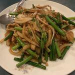 亀仙人 - ニンニクの芽と肉炒め