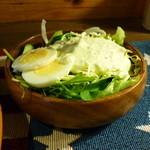 アップルハウス - カレーライスについていたサラダ