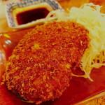 琉球ハイボール酒場 万次郎 - 「あぐーメンチカツ(350円)」