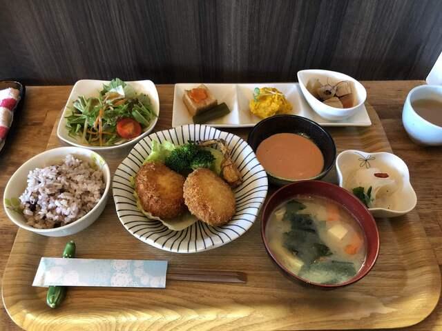 愛彩 週替わりランチ - 多賀大社前/定食・食堂 [食べログ]