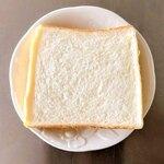 ヨーロッパン キムラヤ - 料理写真:シンプルな味なので、ジャムなどによく合います。