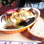 マリーチサーカスカフェ - ロールキャベツのクリームグラタン1260円 サラダとアイス付き