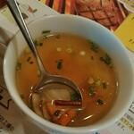 さわやか - 季節の野菜スープのベースは牛骨スープ?