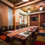 漢方和牛とかき小屋 四喜 - 系列店の個室です。完全個室ご希望であればお気軽にお問い合わせ下さい。