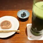 121180352 - 冷抹茶と上生菓子セット