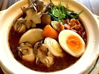 東京らっきょブラザーズ - <冬季限定>牡蠣と旬野菜のスープカレー