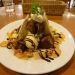 プチ・フルール - チョコレートパフェ