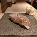 鮨 せいざん - 春子鯛/昆布締め