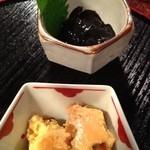 酒心館(きき酒コーナー) - ホタルイカの黒作り&豆酪