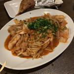 源七商店 - 豚キムチ炒め
