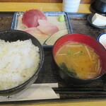 121205649 - 「刺身定食」(850円)