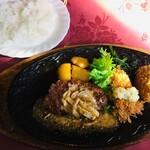 コーラル - ハンバーグ&白身魚セット
