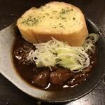 121210104 - どて煮 ハーフとガリックトースト(計445円)