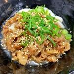山とも - 料理写真:肉ぶっかけ 小冷 510円
