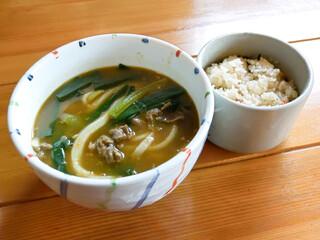 龍 - 国産牛スープカレーと、炊き込みごはん