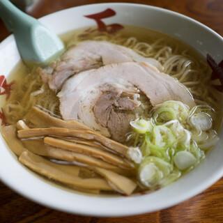 中華そば処 琴平荘 - 料理写真:中華そば 塩