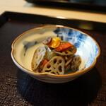 121226995 - 根菜の炒め物
