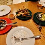 スパイスリー - 撮り忘れて、慌てて撮ったので、食べかけでごめんなさい!