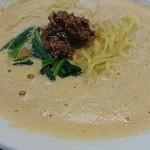 厨房朱雀 - 中華屋さんらしい麺と細かい業が光ります。