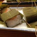 かっぱ - 20日ほど経った鱒の慣れ寿司。とろみと粘りが増してます。