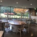 珈琲スタンド - カジュアルな雰囲気で、席は多数用意しております♪
