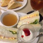 喫茶室ルノアール - ハム、ポテトサラダ、たまごサンド