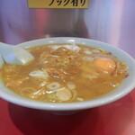 121243465 - カレーラーメン1,000円に生玉子50円をトッピングです。