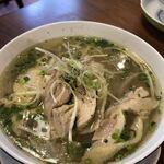 ベトナム屋台料理 ファン フォー - 鶏のフォー