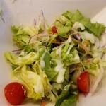 DainingRocco - Aセットのサラダ。フレンチドレッシング