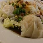 鴻利 香港レストラン -