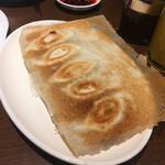 中国家庭料理 ニイハオ - * 羽根付き餃子 5ヶ300円