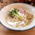 Ramen611 - 淡麗白煮干中華そば