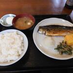 たかお食堂 - 焼き魚定食(さば文化干し)